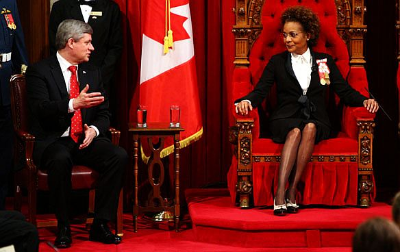 Parliament canada throne-Stephen Harper-Michaelle Jean.jpg