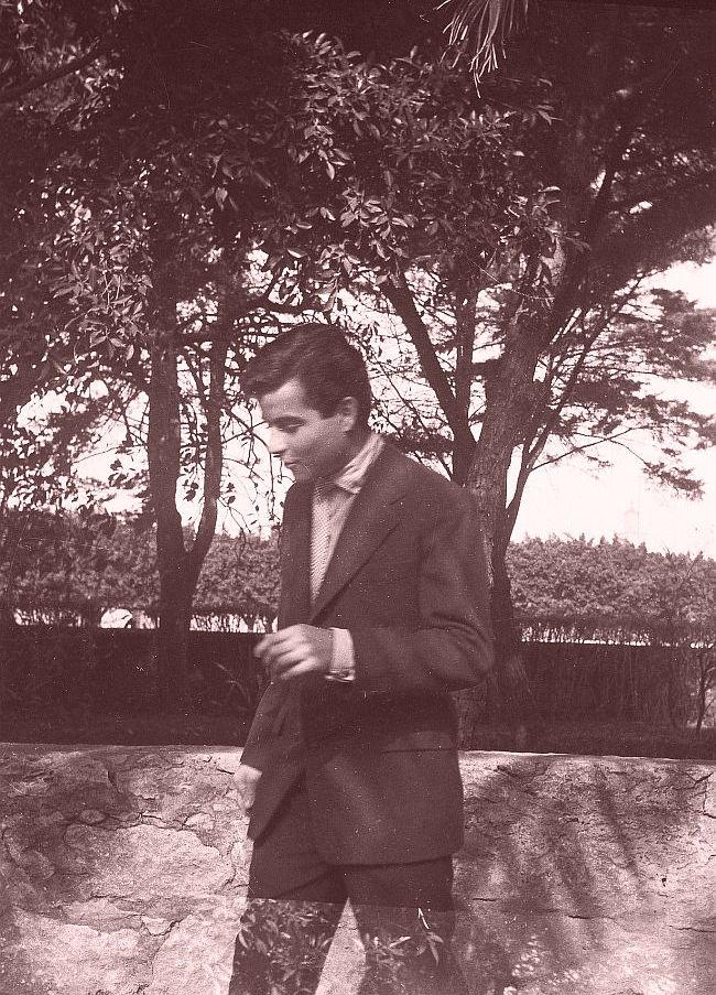 D1020067 Raphy Cohen à Rabat vers 1957 edited.jpg