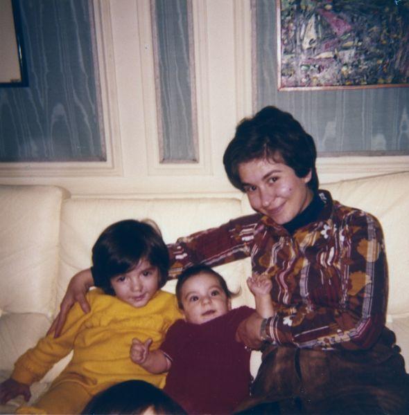 Arlette ,Isabelle et Daniel Cohen.jpg