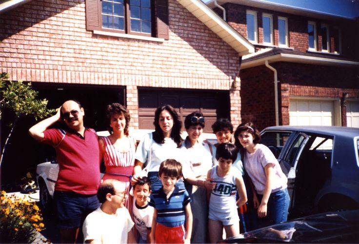 Chez Esther a Toronto, 1985.jpg