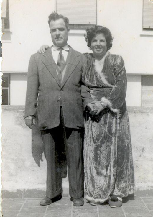 A.Papa aaron Cohen, Maman Rachel Azencot Cohen, Rabat 7-03-1955.jpg