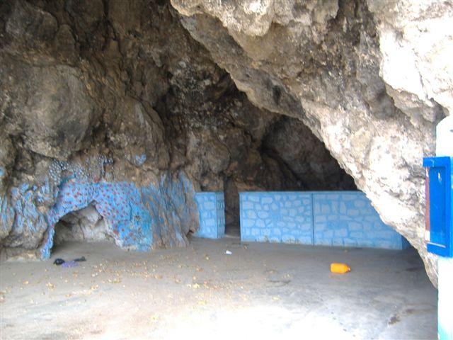la_grotte_de_la_piscine1.JPG