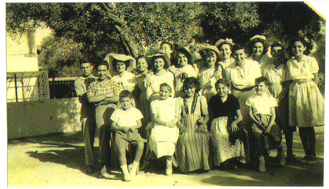 1949 la chapelle Militaire.jpg