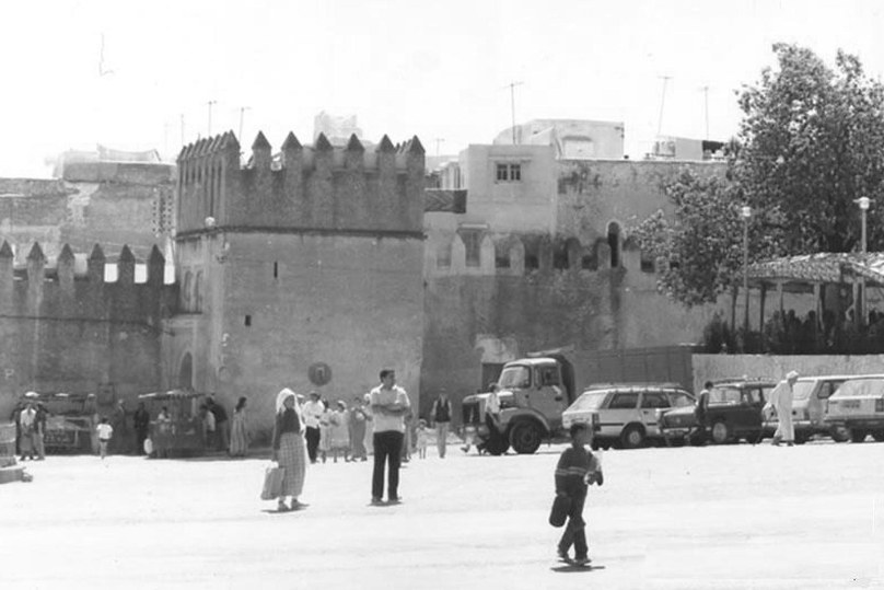 sefrou_-_place_moulay_lhassan1991.jpg