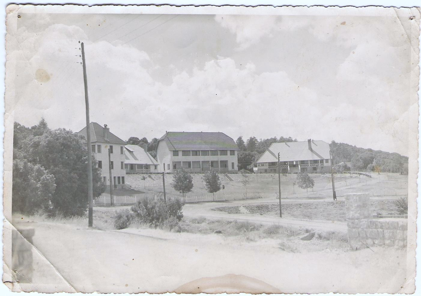 Pension Athian en 1949 a Ifrane.jpg