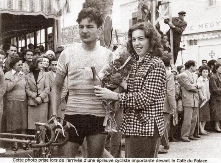 Cyclisme, Kénitra années 50s.jpg