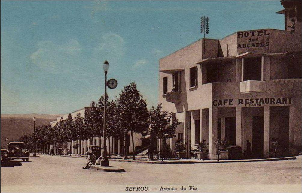 SEFROU 1928 AVENUE DE FEZ.  2.JPG