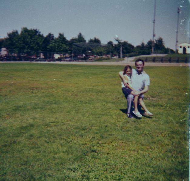 Sima et Elie a Montreal en Aout 1974.jpg