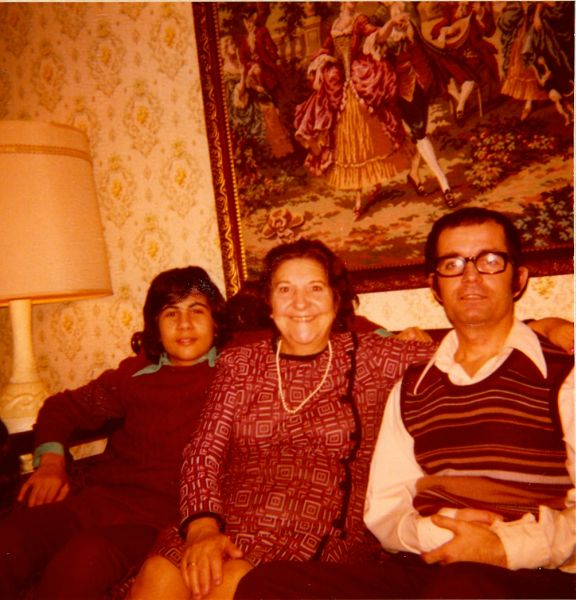 David, Simy Monsonego et Jacques Cohen en Nov.1974.jpg