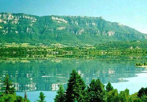 Aix les bains, Lac Bourget et Revard.jpg