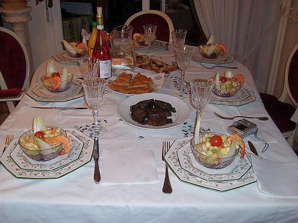 Mimi eljam sale rabat ses retrouvailles ses joies for La table de mimi
