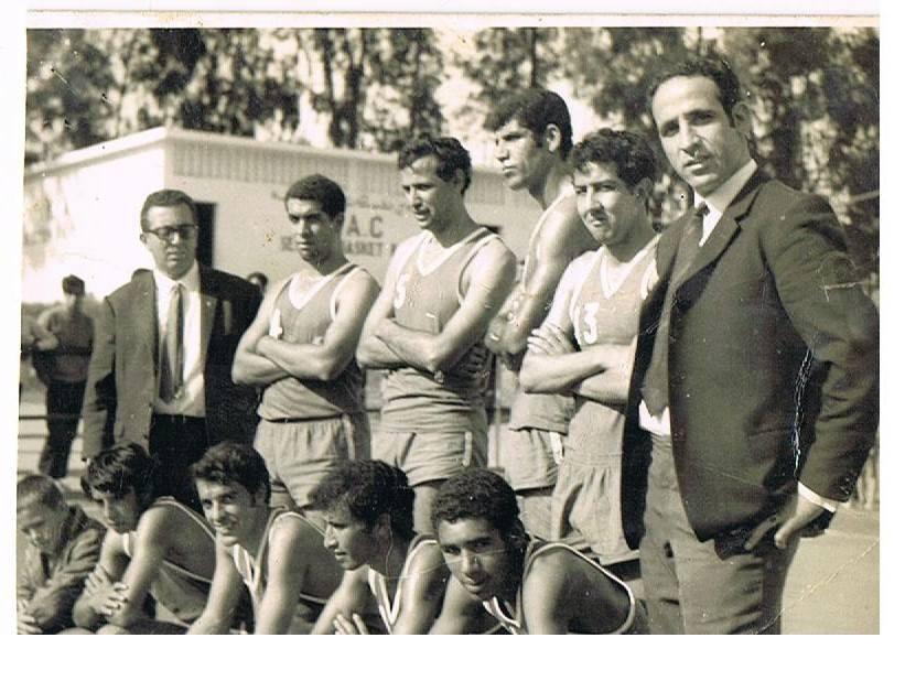 Ecoles de Kenitra File.php?55,file=237094,filename=Le_grand_pr_sident_du_KAC_Basket_Charlie_et_l_ex-stars_du_basketball_national_feu_Chamma_et_Guouram