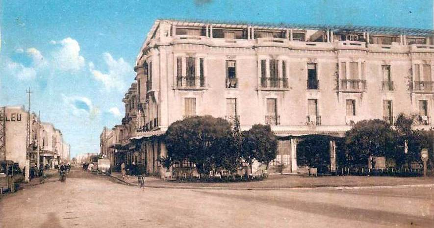 Rabat café du Coq d'Or à ses débuts rue capitaine petitjean.jpg