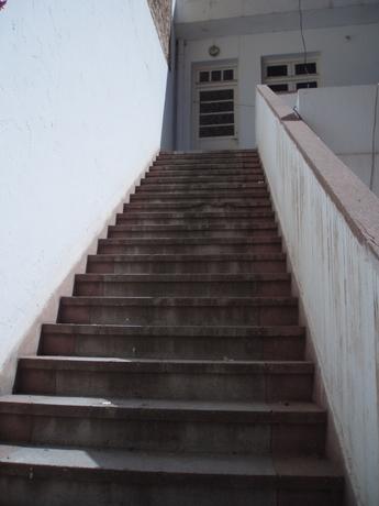 escalier..[1].JPG